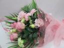【祝事、表彰、受賞、退職送別】淡い色合いの花束