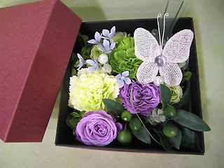 BOXフラワー・蝶♪