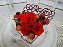 プリザーブドフラワー・真っ赤なデコレーションケーキ
