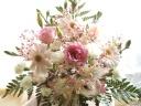 *ベビーピンクのほんのりご供花*