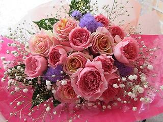 ?♪♪ 魅力的なピンクのローズ花束 ♪♪?