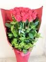 深紅のバラのアレンジメント~花束風~