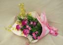 変わり咲きカーネーション~スターチェリーの花束~