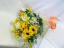 ひまわりいっぱいの花束