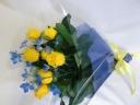 キイロのバラの花束
