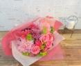 バラとカーネーションのピンクブーケ