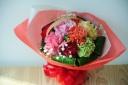 ミックスカラーカーネーションの花束 ブーケスタイル