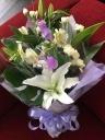 ユリのお供え花束