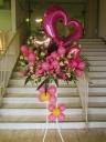 かわいいピンクのスタンド花