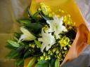 彩=カサブランカ花束