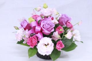 ピンクの薔薇のアレンジメント
