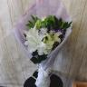 ユリとトルコお供え花束 菫