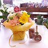 母の日イエローカーネーションアレンジ焼き菓子セット
