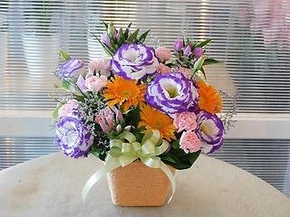 お供えアレンジ ピンク・紫・オレンジ