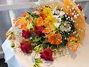 グロリオサの華やか花束