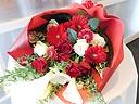 紅白の花束(季節のおまかせタイプ)