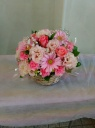 ピンクの花のアレンジメントです。