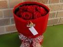 I Love Youの赤いバラのブーケでサプライズ