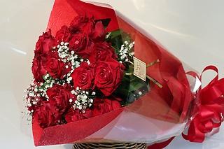 真っ赤な花束
