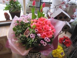 季節のお花の寄せバスケット⑩