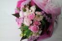 お誕生日や記念日に ブーケスタイルの花束