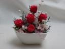 ハートの器にピンクのバラ