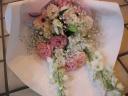 お供え用 白とピンクの花束