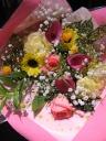 ピンク・黄色系の花束