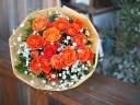 オレンジスプレーバラのブーケ