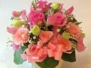 ピンクの春色アレンジメント