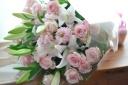 優しい大人ピンクの花束