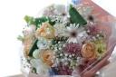 パステルカラーのブーケスタイル花束