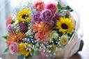カラフルな楽しい花束