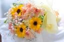 「ヒマワリ」と季節のお花のミックスブーケ