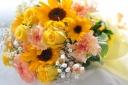 「ヒマワリ」と季節のお花のミックスブーケ L