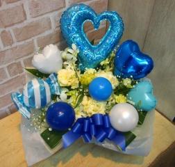バルーン入りアレンジ◆お花たっぷり♪ブルー×白◆