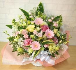 お供えアレンジ◆優しく、可愛らしく・・・◆