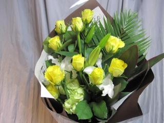 黄バラの花束