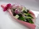 ユリと季節の花の花束