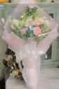 優しい色合いの花束