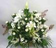 【偲び雪】 白ユリと菊のアレンジメント