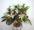 バラと蘭の豪華なアレンジメント・431