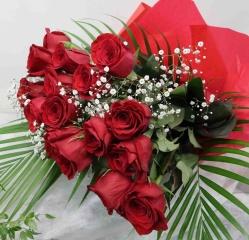 【バンケッヂ】バラ15本とかすみそうの花束