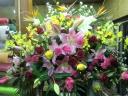 当店一押し・1段スタンド花、とても華やかです。