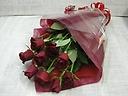 赤いバラの正統派ブーケ(丈長め)