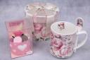 ピンクバラカップケーキ&スプーン付きマグカップ
