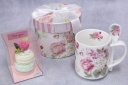 ピンクバラマカロン&スプーン付きマグカップ