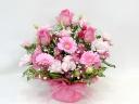 ピンクのバラとガーベラの可愛いアレンジメント