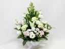 白ユリとトルコキキョウの清楚な感じのお供え花