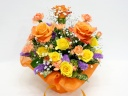 オレンジバラとイエローのスプレーバラのアレンジ